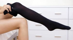 Приспособление для одевания компрессионных чулок, виды батлеров